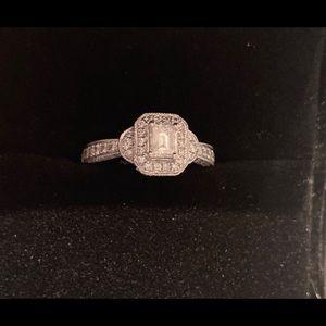 Emerald Cut Diamond 14K Gold Ring - 1 CTW - Size 7